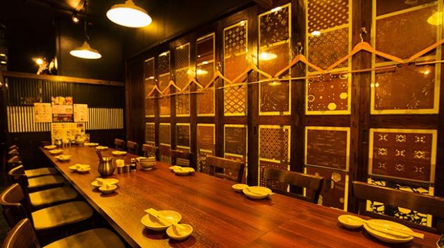 テーブル14~16名席